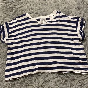 Striped cropped T-shirt!